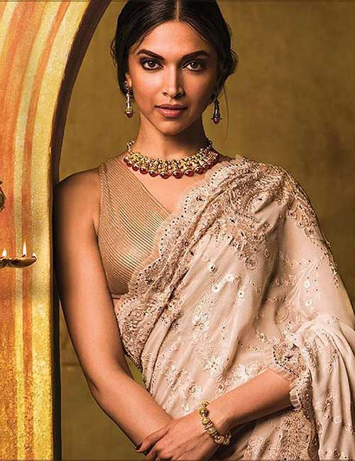 Metallic blouse design: Amazing and Latest Saree Blouse Designs for Wedding & Party