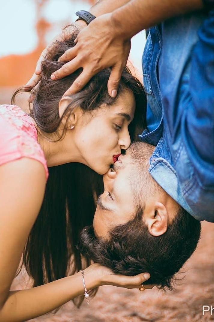 The 'Can't Wait to Kiss You' Shot! Fabulous Pre-Wedding Shoot Ideas for Every Kind Of Couple!