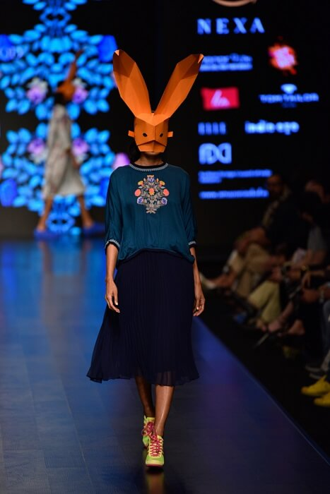 OVERSIZED TOP WITH SKIRT Summer Trends From Amazon Indian Fashion Week