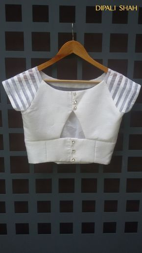 Back buttons blouse design: Simple and Stylish Blouse Back Neck Designs