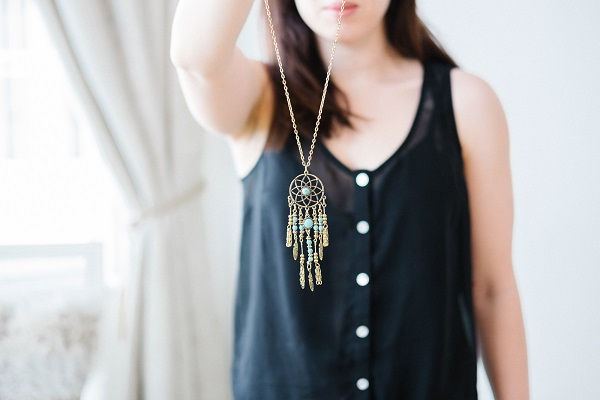 Add A Long Chain Neck Piece to your Top Trending Ways To Style Indian Jewellery With Western Outfits