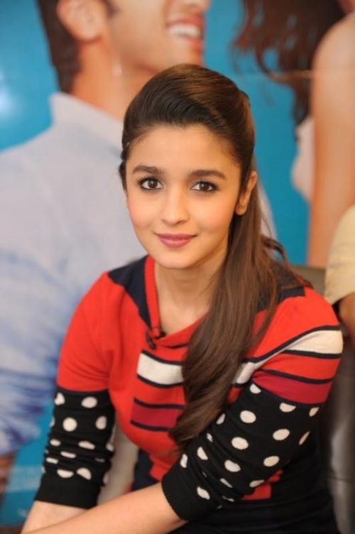 SIDE PUFFY UPDO Hairstyles of Alia Bhatt Super Attractive Hairstyles of Alia Bhatt  for Short/Medium/Long hair