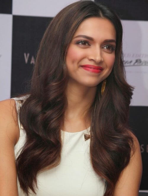 BLOW DRIED HAIR bollywood Celebrity Hairstyles & Haircuts