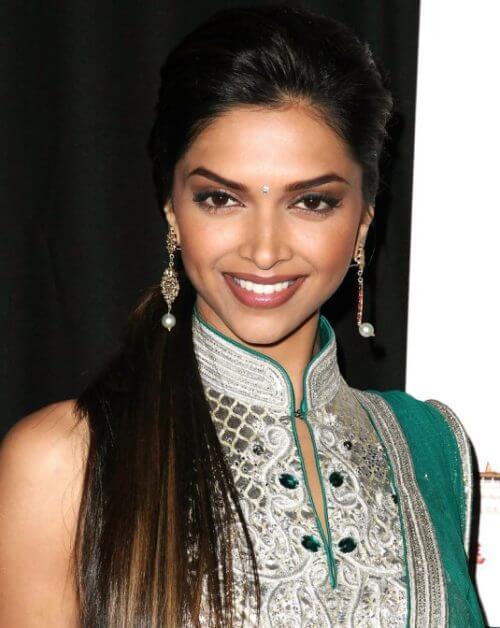 STRAIGHT AND SLEEK Deepika Padukone Hairstyles & Haircuts