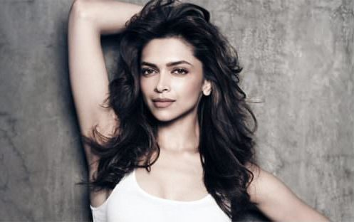WAVY HAIRSTYLE bollywood Celebrity Hairstyles & Haircuts