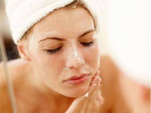 EXFOLIATING LIKE AN EXPERT Pre-Wedding Beauty & Fashion Tips For Indian Brides-To-Be