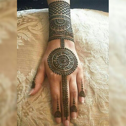 BORDER DESIGNS  Mehndi Designs For Your Special Look (Complete Package)