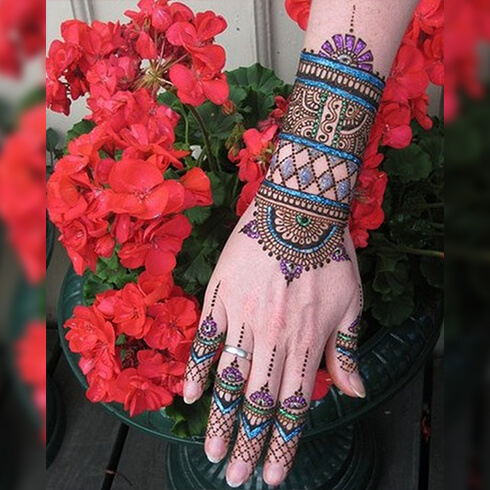 MULTI COLOURED DESIGNS  Mehndi Designs For Your Special Look (Complete Package)