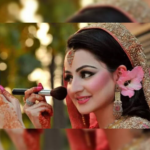 NEUTRAL POWDER TO REMOVE SHINE Pre-Wedding Beauty & Fashion Tips For Indian Brides-To-Be