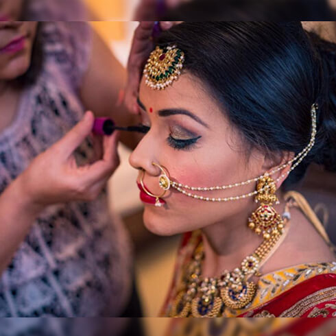 WATERPROOF MASCARA Pre-Wedding Beauty & Fashion Tips For Indian Brides-To-Be