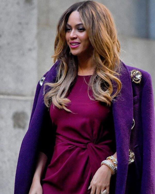 long layered face framing locks Beyonce's Hairstyles