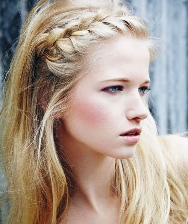 Hide bangs with Braided Hairstyle Great option for summer!