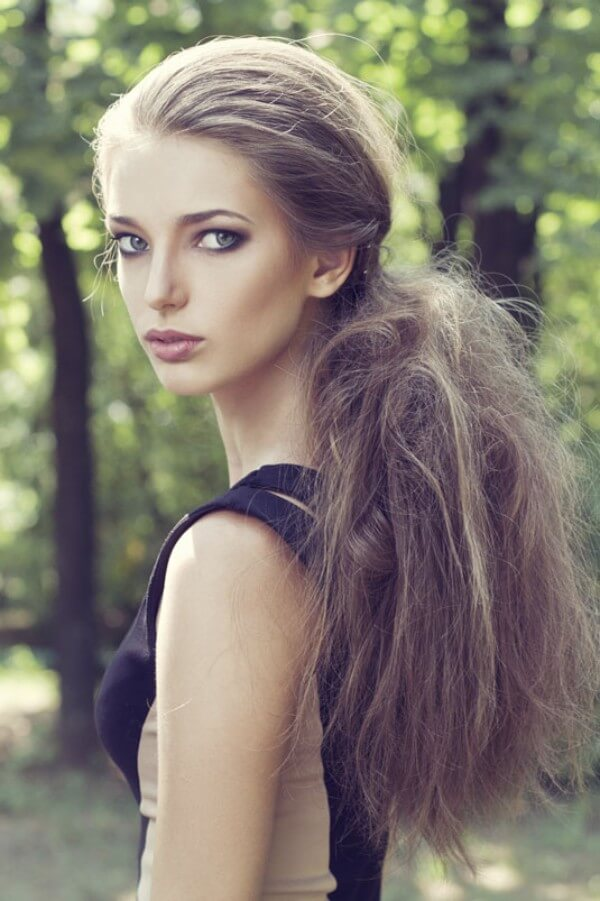 easy Hairstyles For Fine Hair: Tail hairstyle