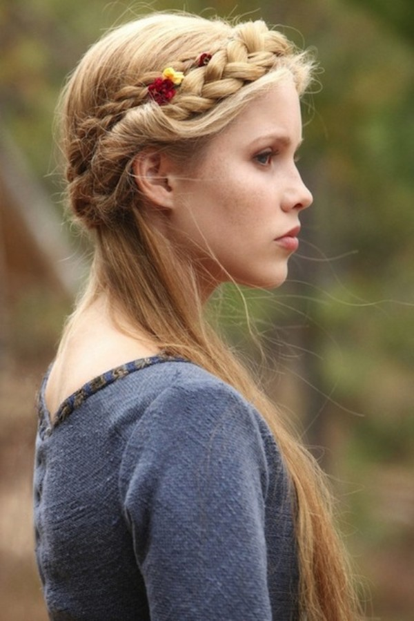 """Game Of Thrones"" Braids Hairstyle  Little braids, some fantasy, beautiful flowers - and you're a real goddess!"