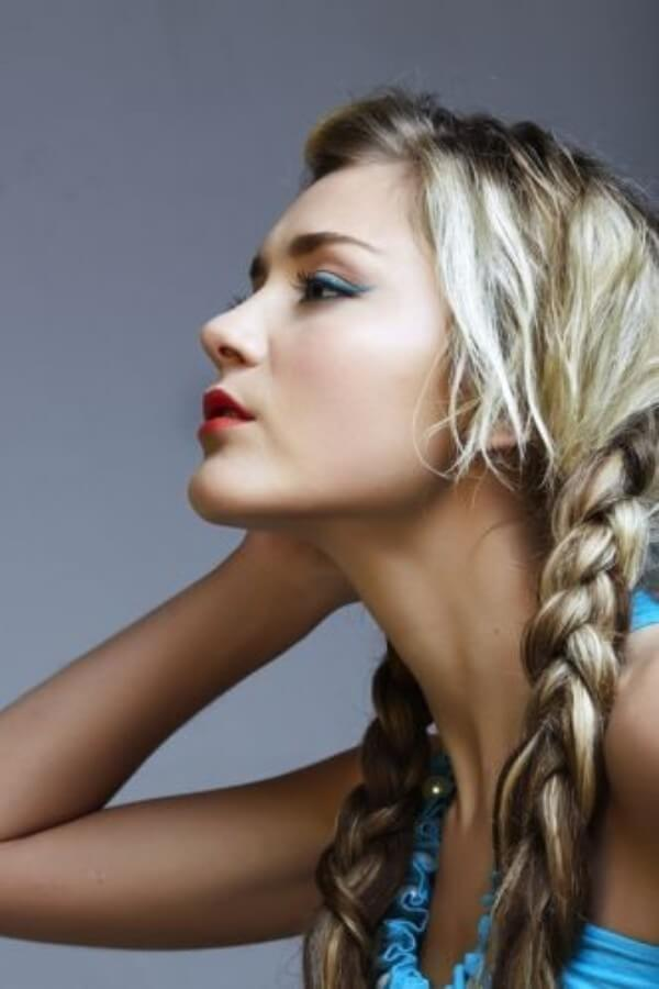 Just Keep It Simple! Two ordinary braids will help you return to your childhood