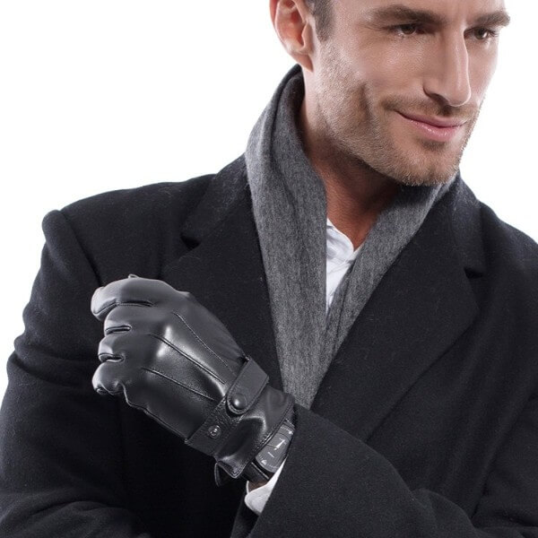 Men's leather touchscreen gloves for winter season