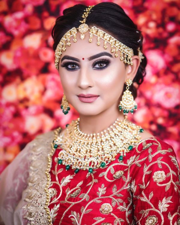 Full glam makeup look: Indian Bridal Makeup for Traditional Look