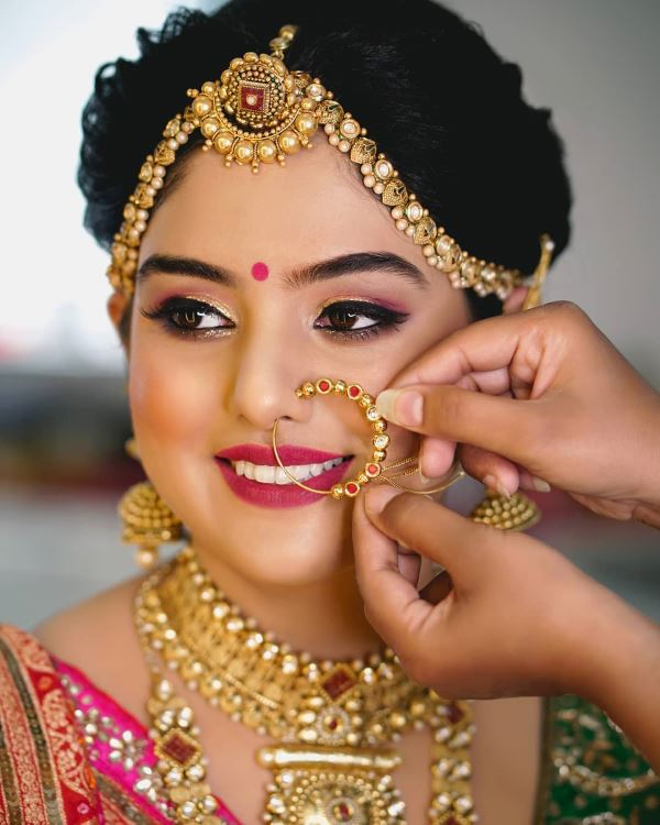 Traditional makeup look: Indian Bridal Makeup for Traditional Look