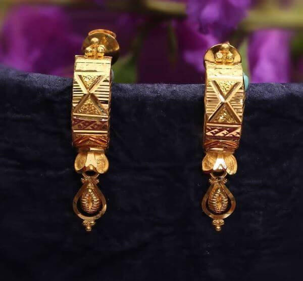 Long elongated Light Weight Gold Latkan Earrings | Latest Designs