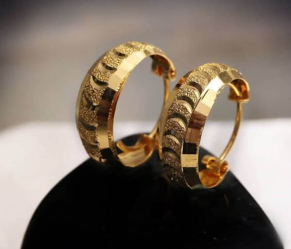 Hoop earrings design