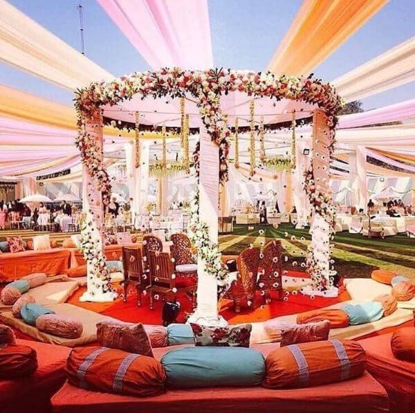 Grand mandap design for Hindu Wedding