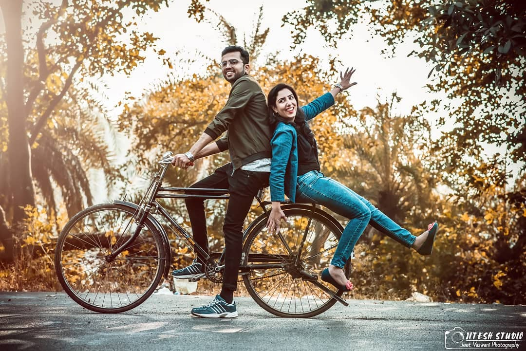 . Add a funny prop: Pre-wedding Photoshoot for Indian Couples