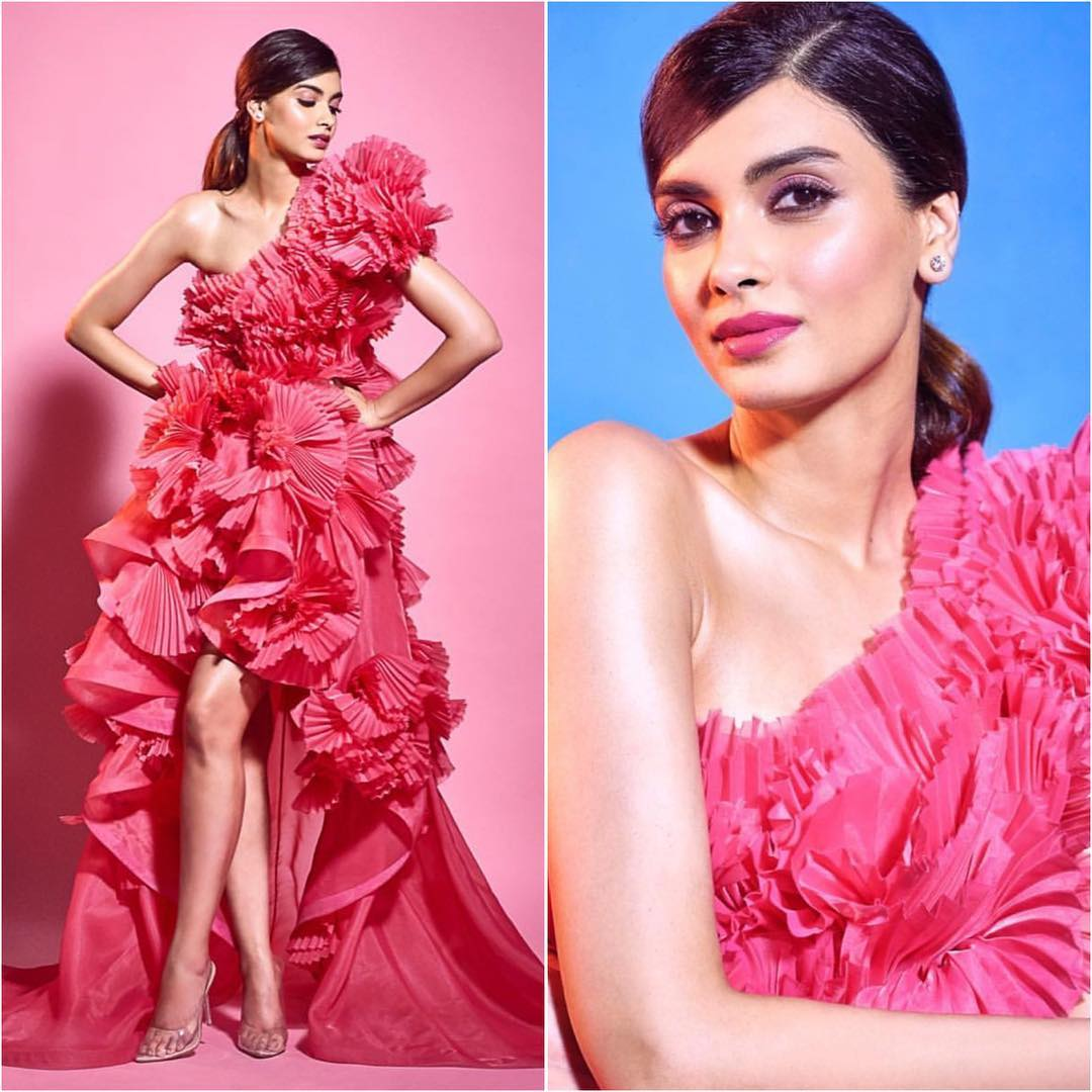 . Diana Penty pretty in pink: Long Evening Dresses in Bollywood Style