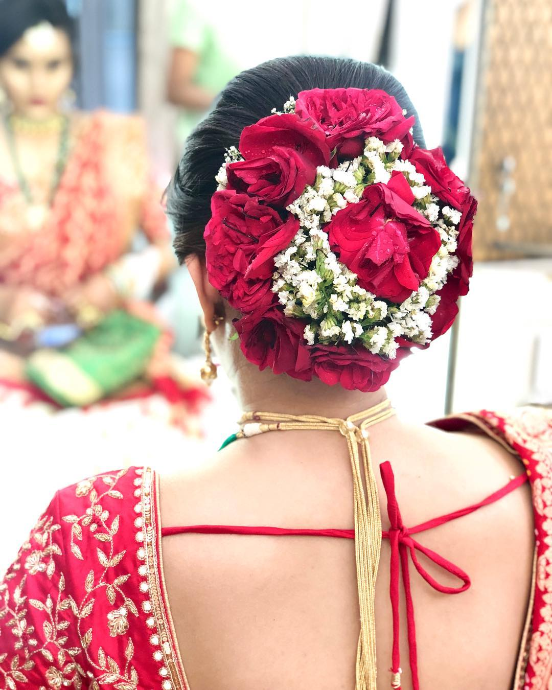 A dose of Rose: Bridal Bun Hairstyles with Flower Jewellery