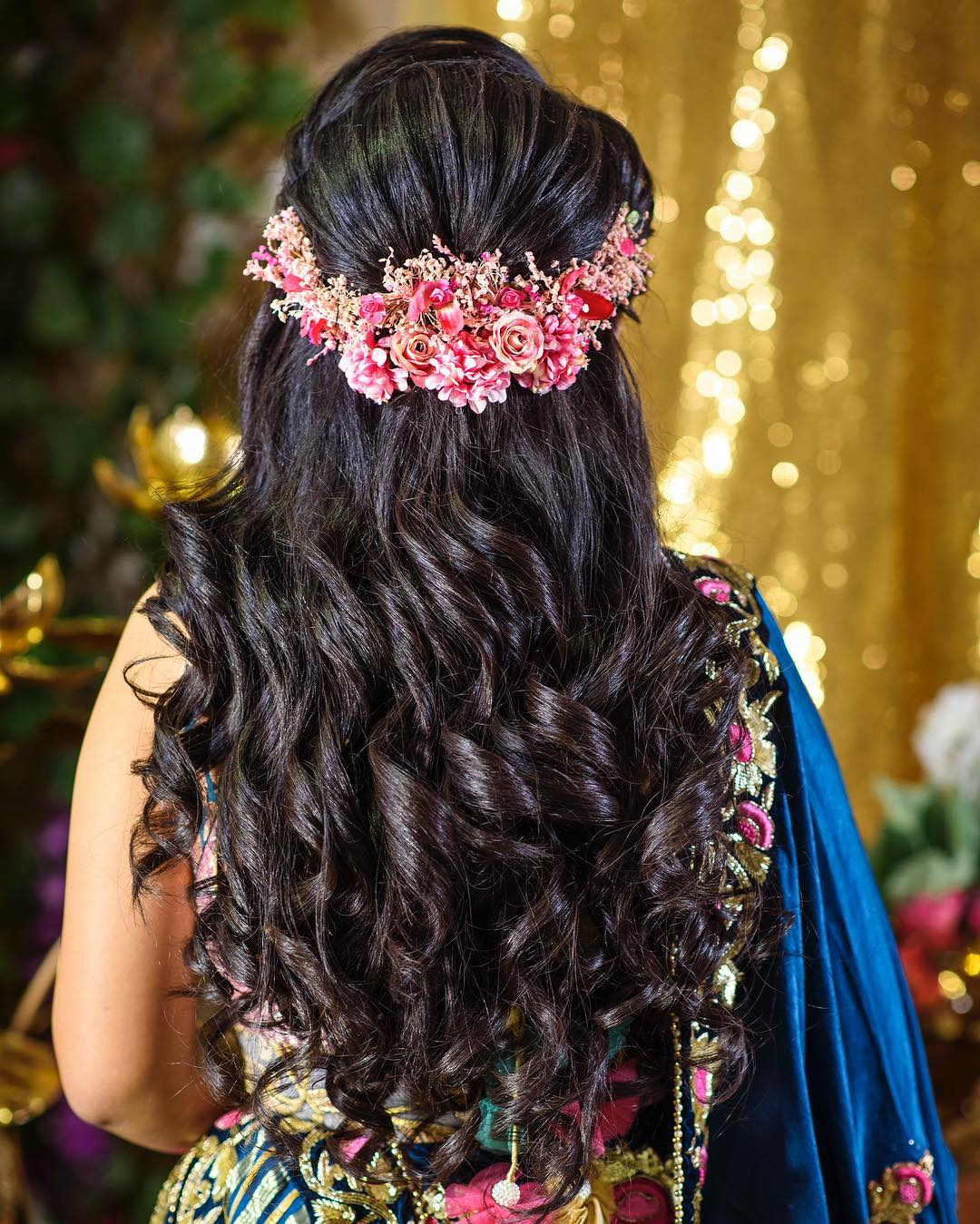 Floral headband: Floral hairstyles for Haldi and Mehendi Ceremonies!a