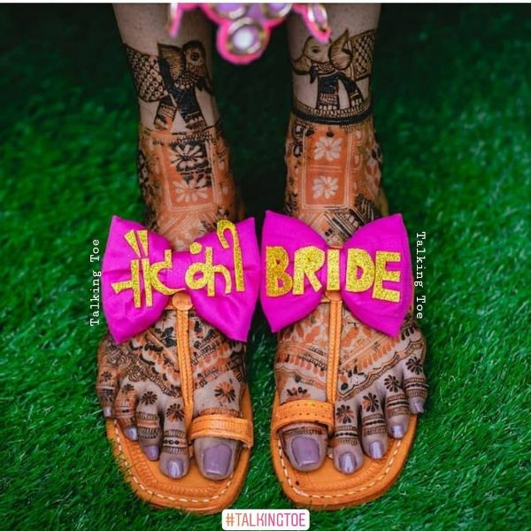 Designer Pink Bow Chappal Trendy Bridal Jutti Designs with Personalised Touch