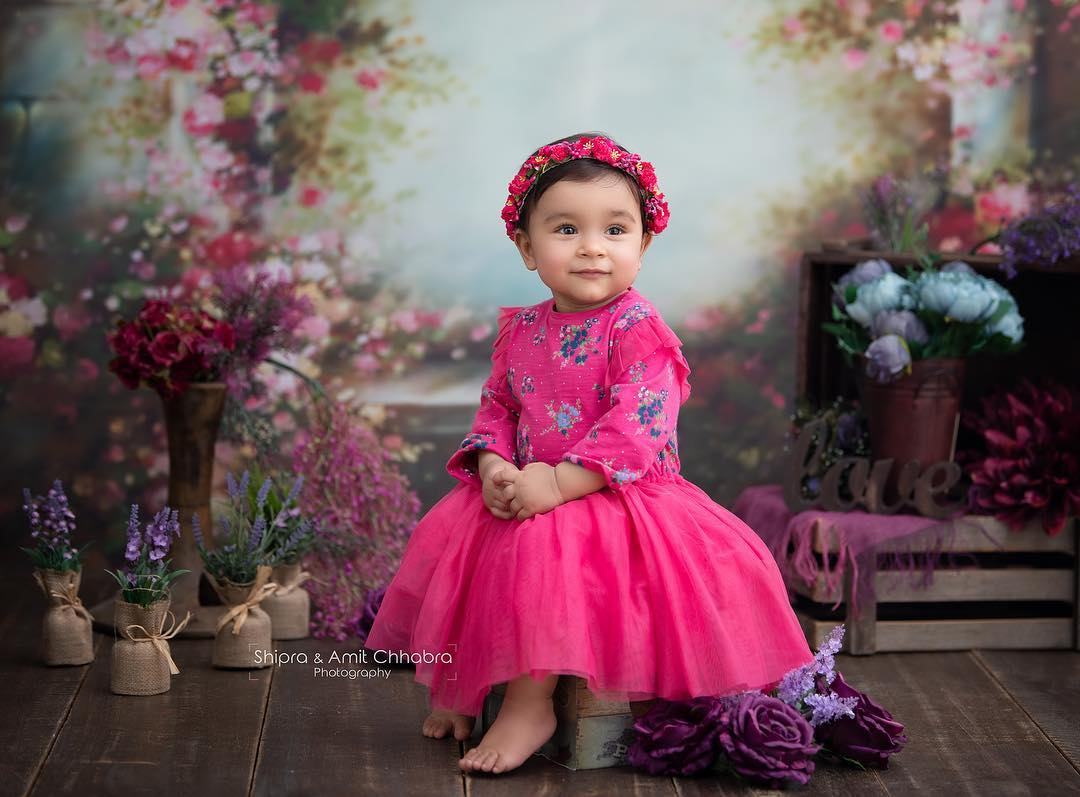 Little Girls Gown For Wedding Party Baby Girl Princess Dress Ideas for Memorable Photoshoot