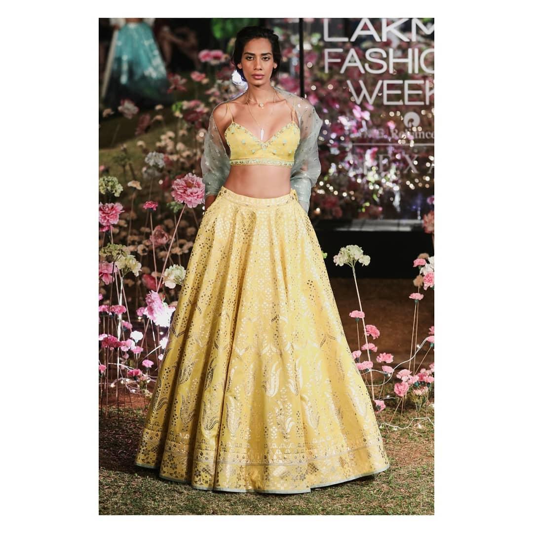Prianka Lehenga: Silk Saree Designs Inspired from Bollywood Divas