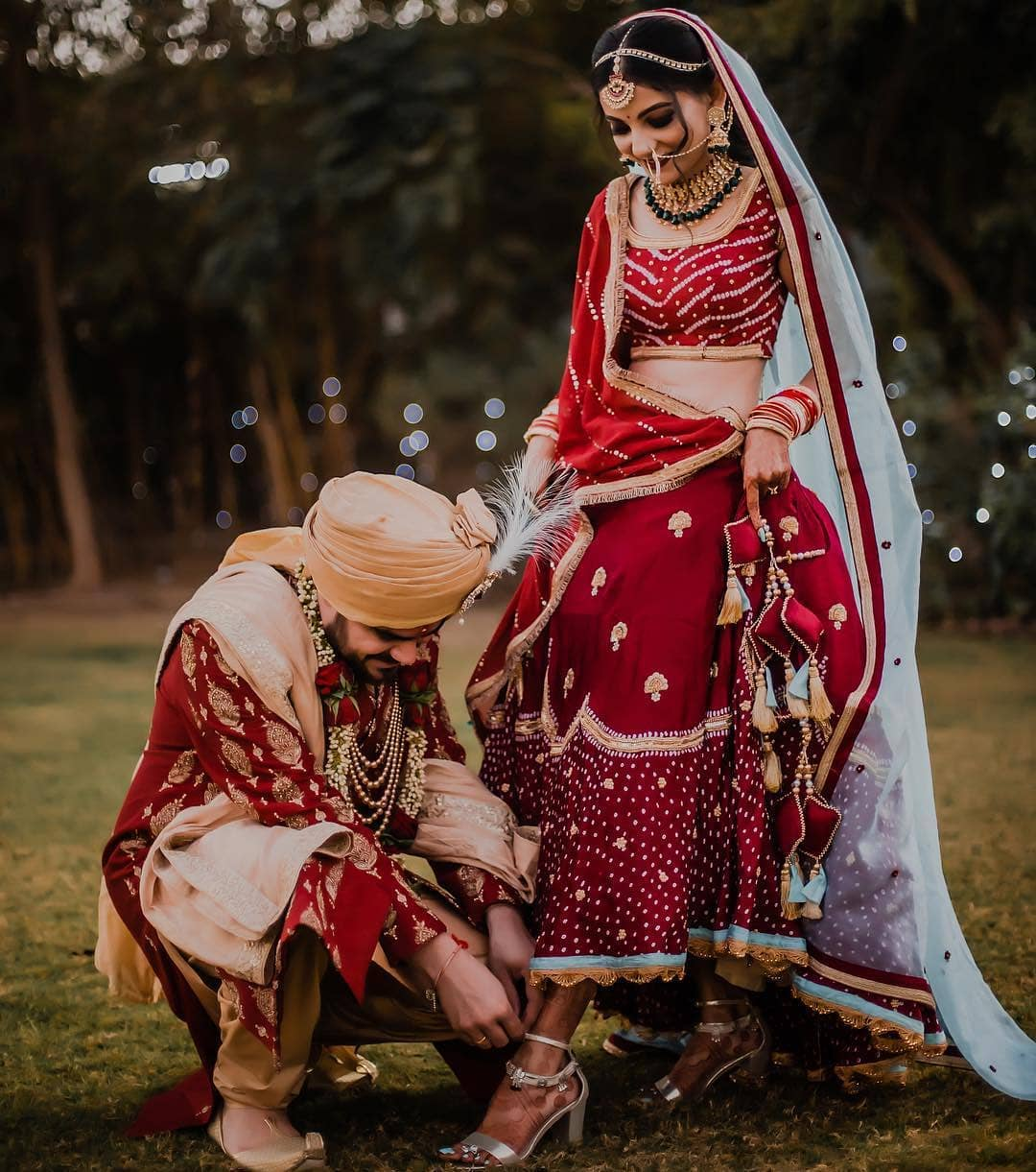 Red with the red combination: Bride and Groom Wedding Dress Colour Combinations