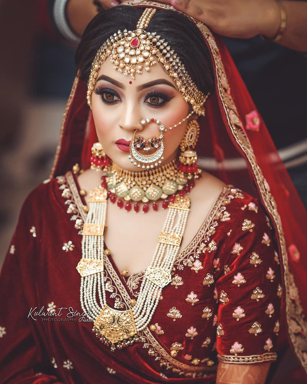 Sensuous in red: Indian Makeup and Jewelry Ideas Inspired from Real Brides