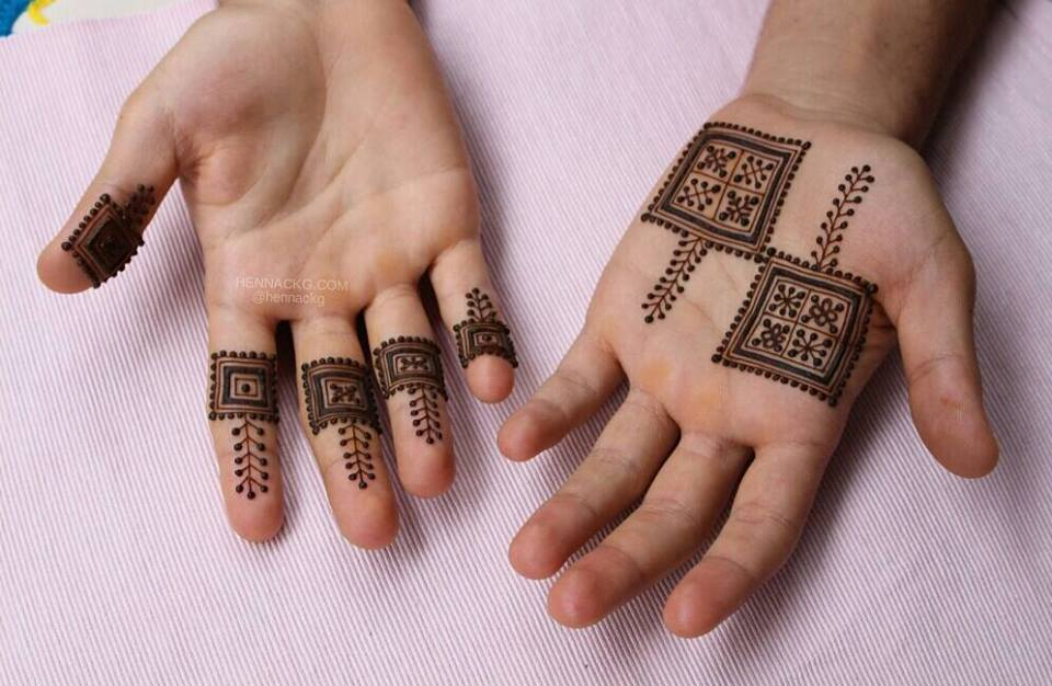 arabic new simple Box-shaped mehendi design for hands