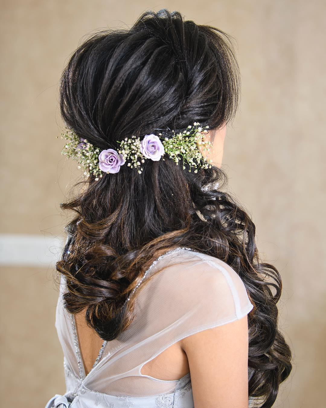 Rose and baby's breath: Floral hairstyles for Haldi and Mehendi Ceremonies!a