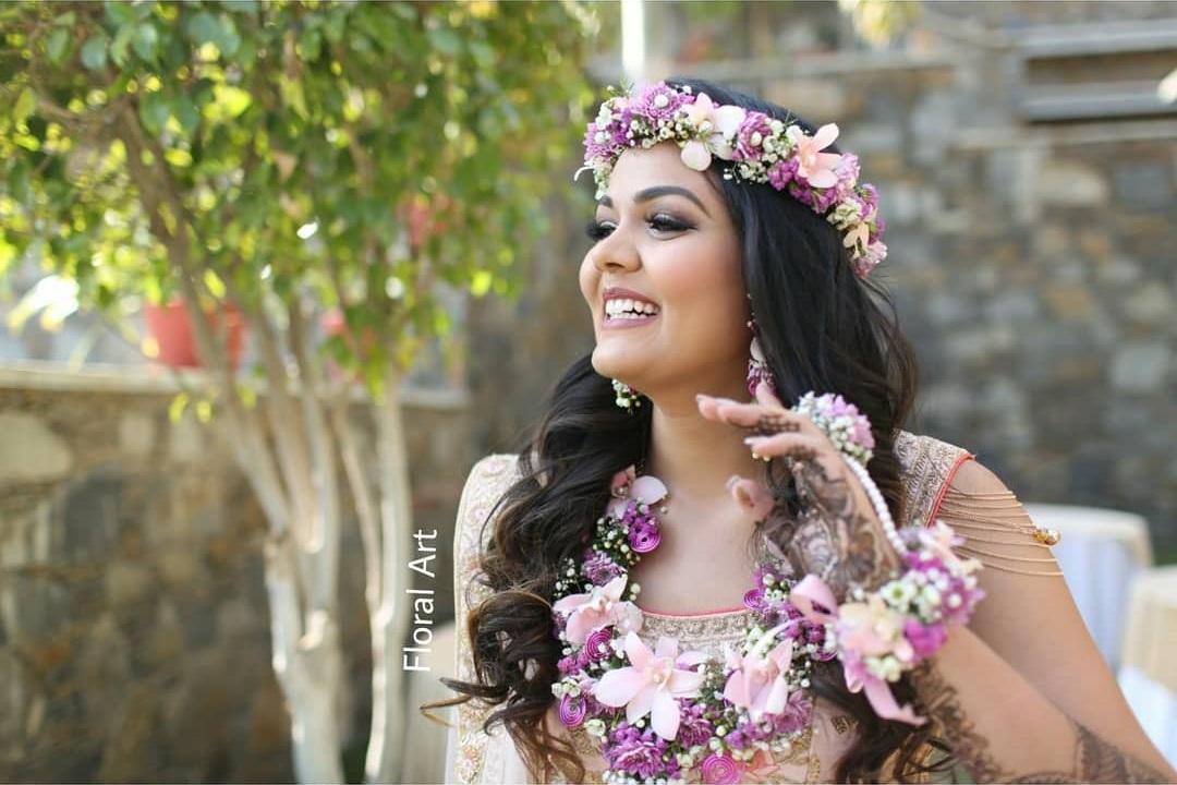 Vibrant Purple floral jewellery:  Haldi Ceremony Floral Jewellery for Your Wedding