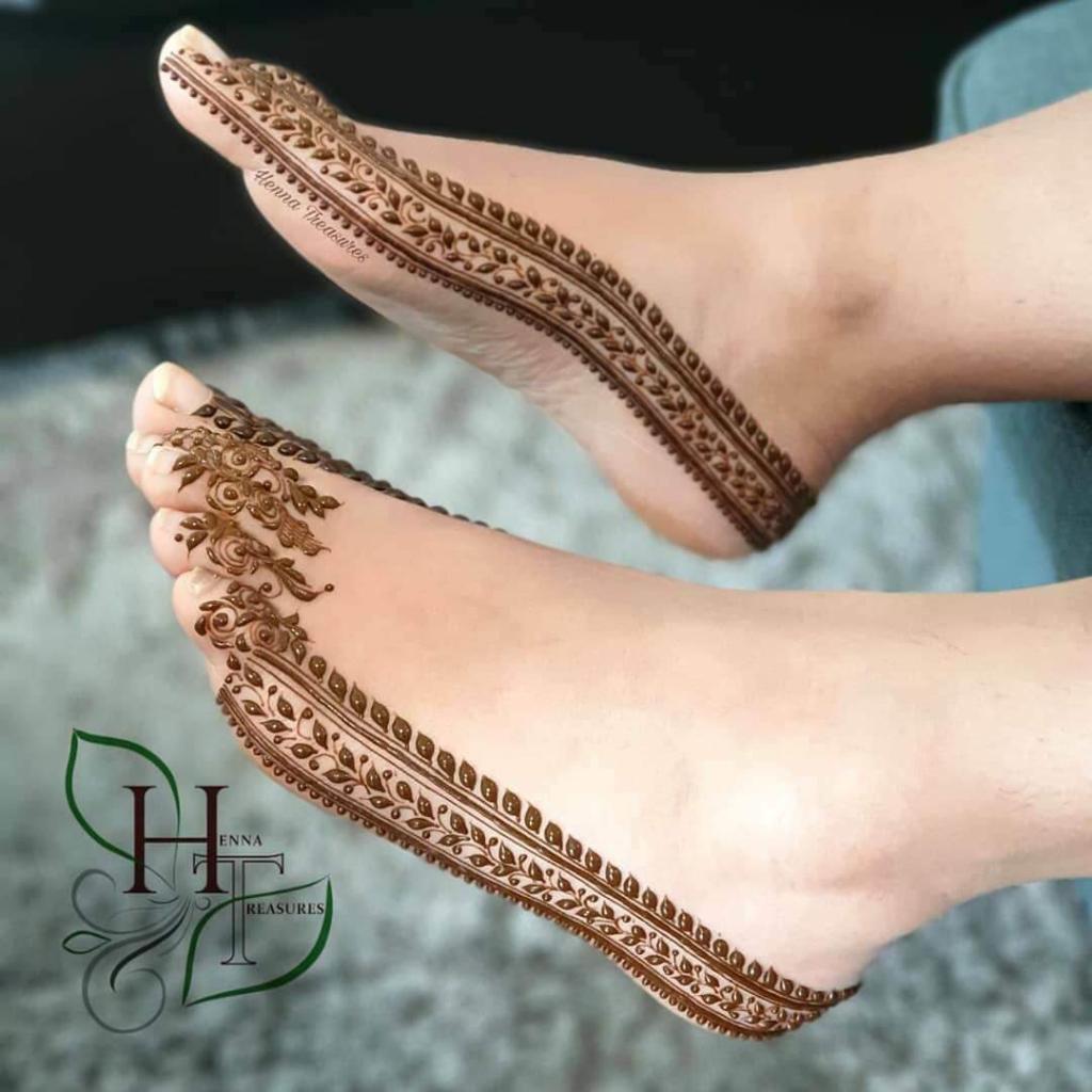 Borders mehendi design: Modern Henna Mehndi Designs For Legs