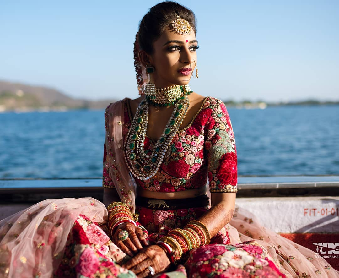 So calm and serene: Real Bridal Looks, Styles & Dresses Inspirations