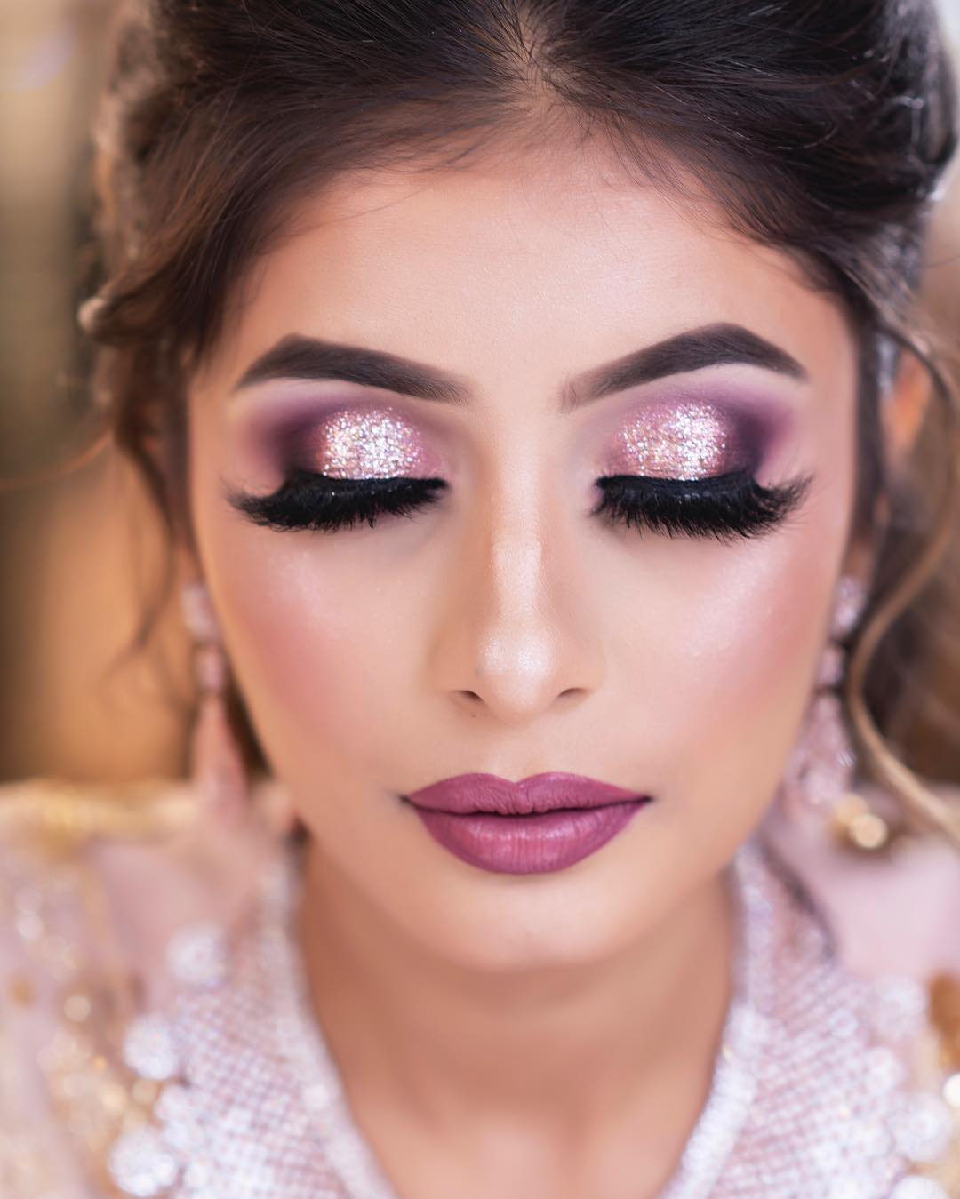 pink based makeup by Simmy Makeup It's all about the shine: Engagement Eye Makeup Ideas for Complete Transformation