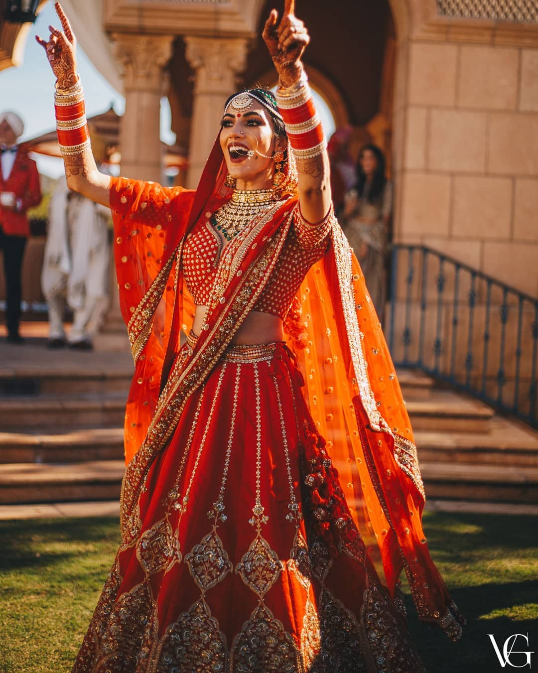 How about a dance: Real Bridal Looks, Styles & Dresses Inspirations
