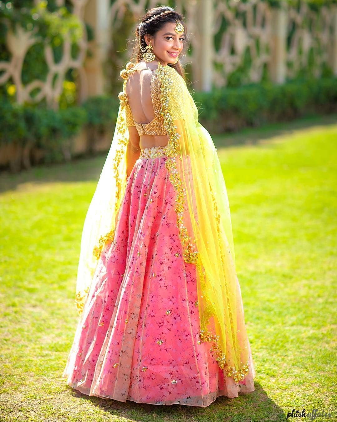 Combine it like a pro: Light Lehenga Designs for Bride & Bridesmaid