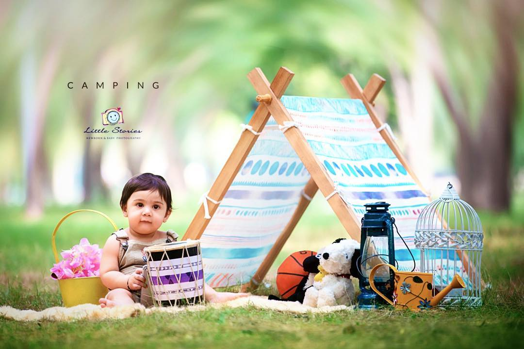 Baby on an outing: Child photography poses ideas for memorable photoshoot