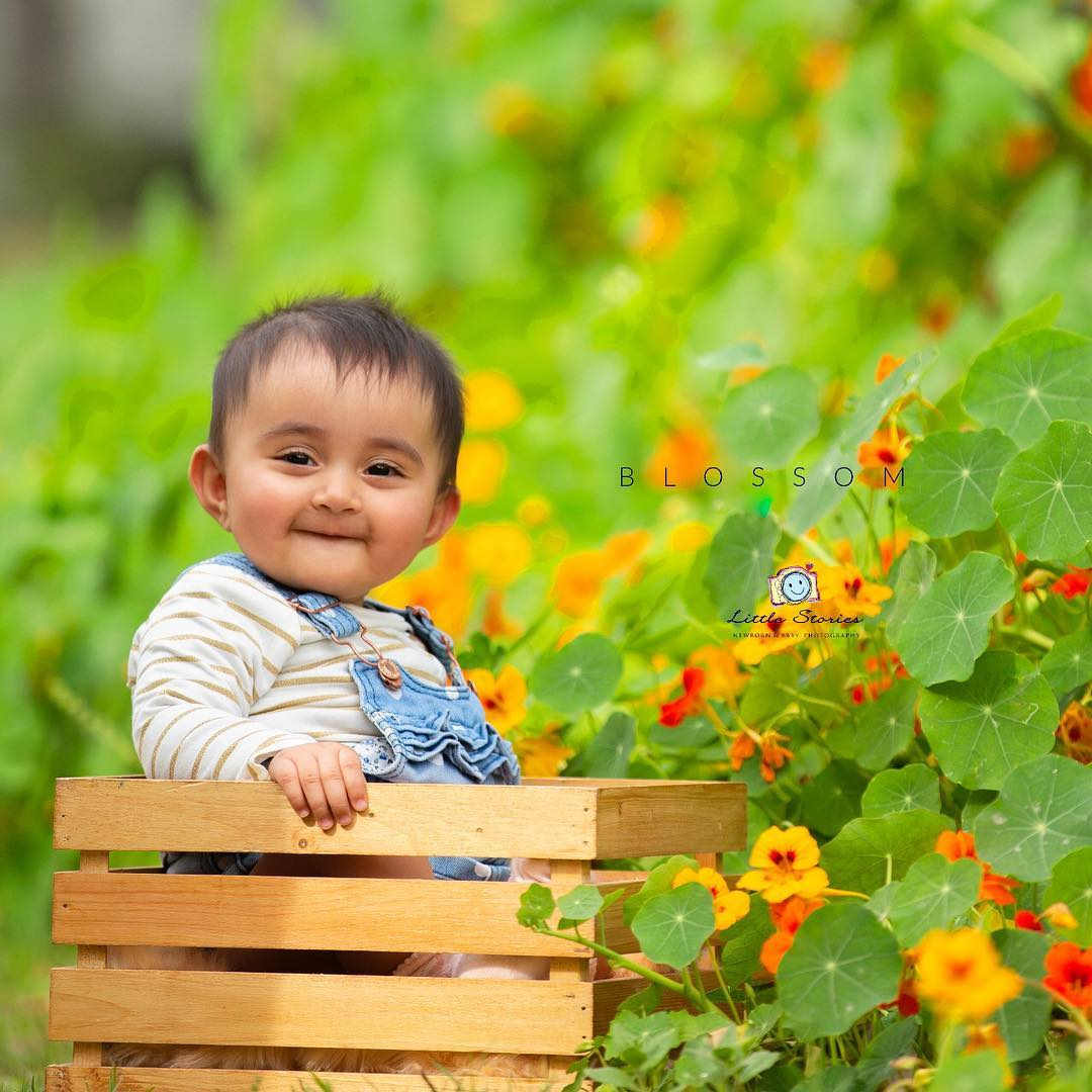 In between blooms:Child photography poses ideas for memorable photoshoot