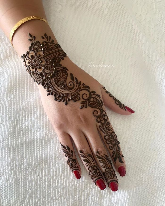 new mehndi designs for back hand