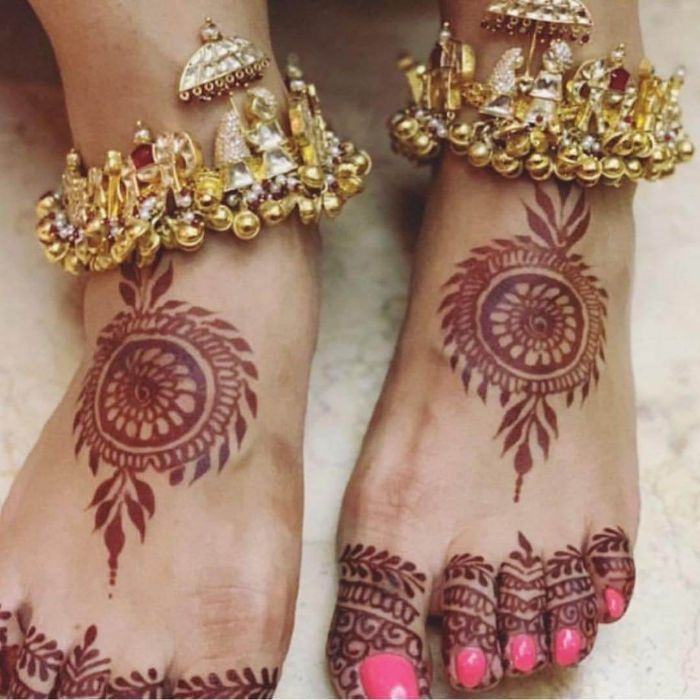 Beautiful anklet accessories for wedding day Wedding Accessories for Indian Bride to Make your D-day Special