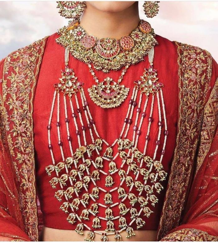 Beautiful Accessories for bride on wedding day Wedding Accessories for Indian Bride to Make your D-day Special