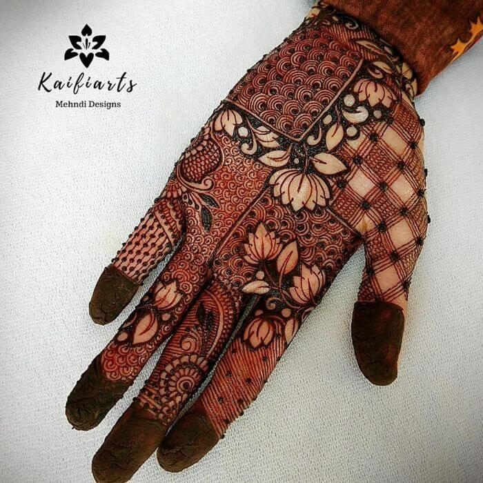 geometrical Mehndi design