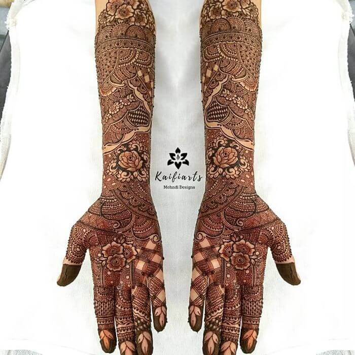Full hand bridal Mehndi designs for front hand