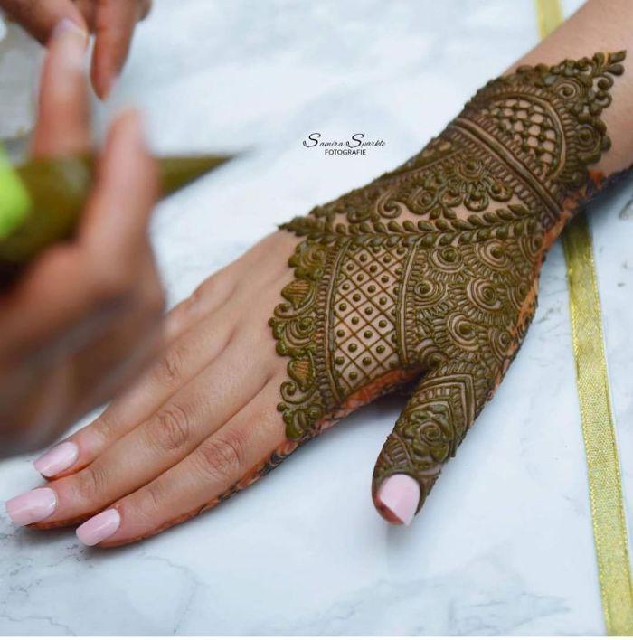 Fullermehndi designs for back hand for bride Mehndi Designs for Back Hand from Farah Saye